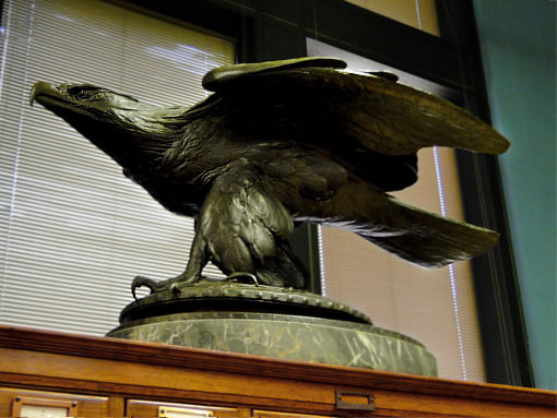Victory, a sculpture of an eagle by Albert Laessle